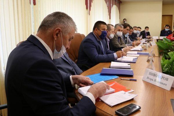 Кто подбирает кадры губернатору Валерию Радаеву